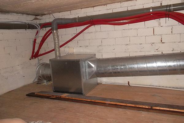 sustitucion de conductos chimenea campana extractora vitoria-gasteiz